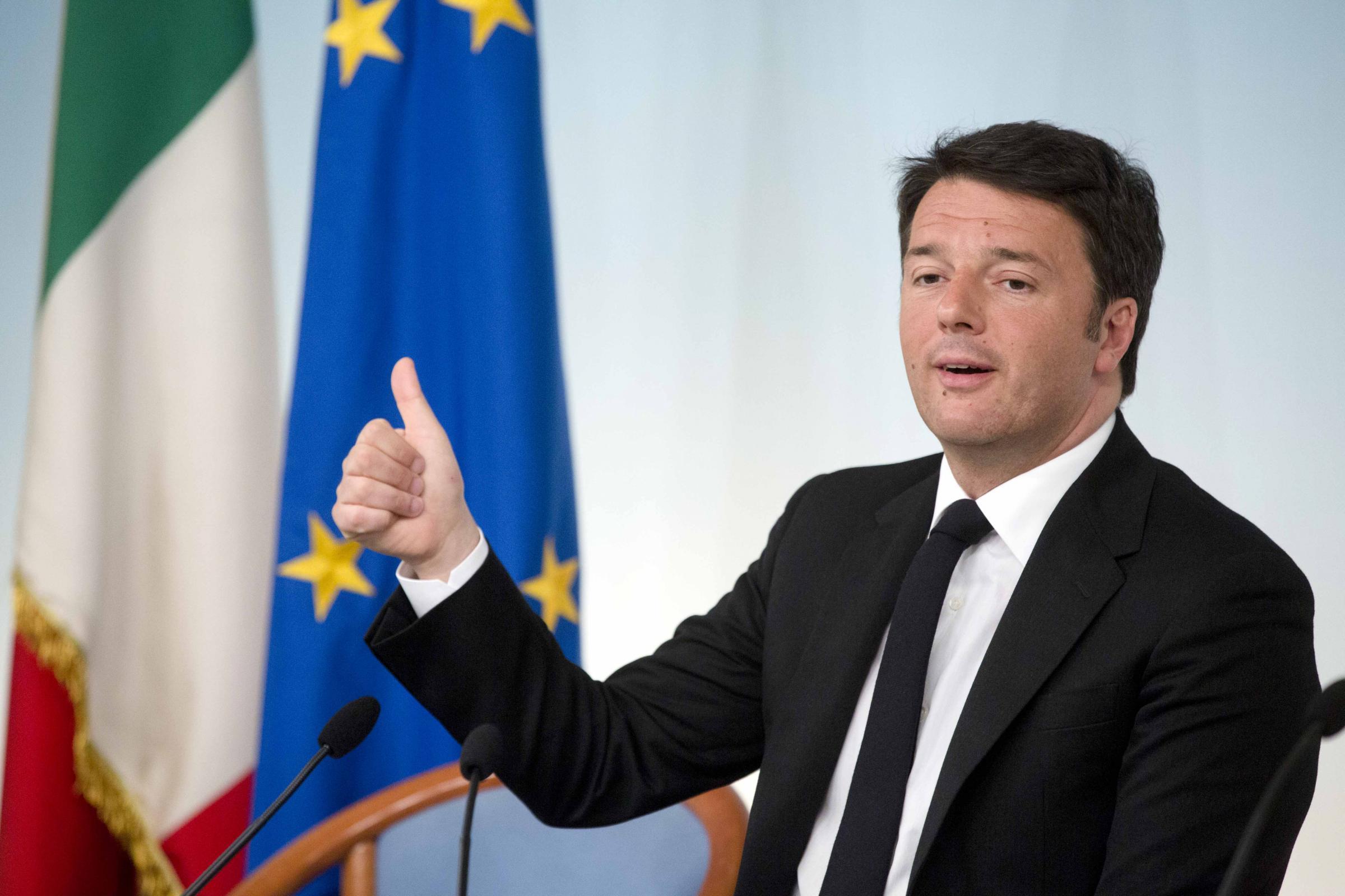 Renzi rivela prossima abolizione di Equitalia