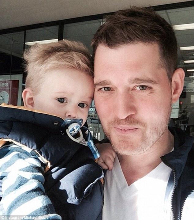 Il figlio di Michael Bublé ha il cancro