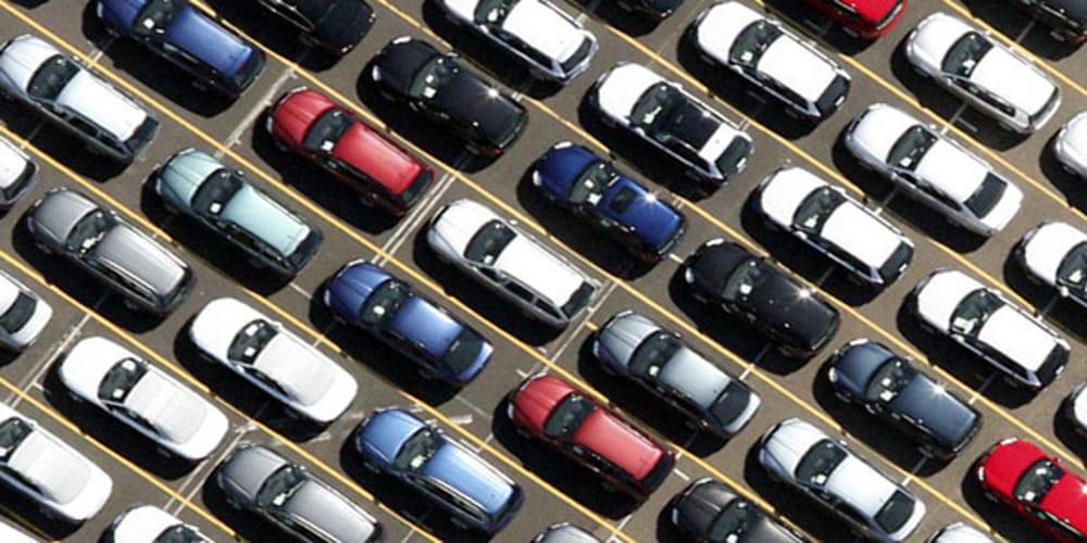 Vendere auto con un click: la nuova frontiera per chi decide di disfarsi della sua 4 ruote