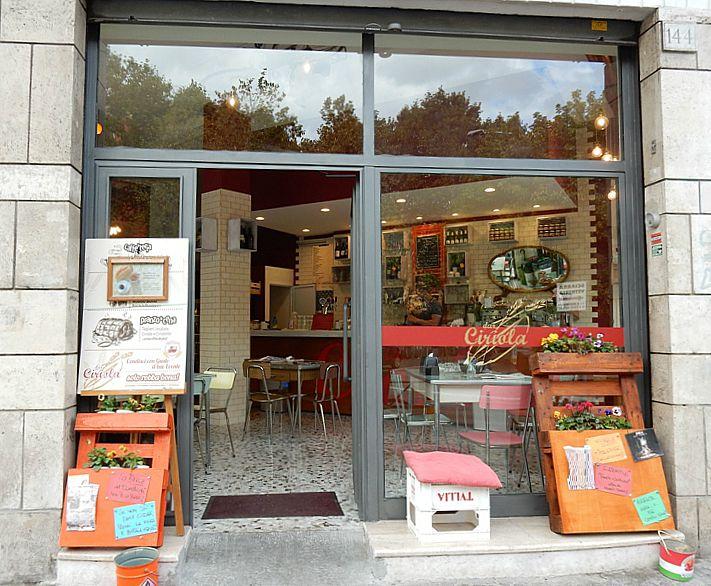 Roma, panino con botulino: 29enne ricoverato