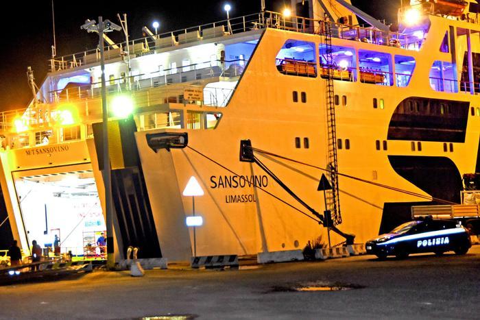 Messina, esalazioni nocive uccidono 4 operai sulla Sansovino