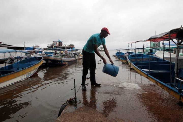 Nicaragua e Costa Rica colpiti dall'uragano Otto
