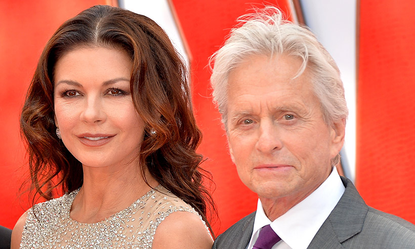 Catherine Zeta Jones pubblica scatto 'rovente' su Instagram