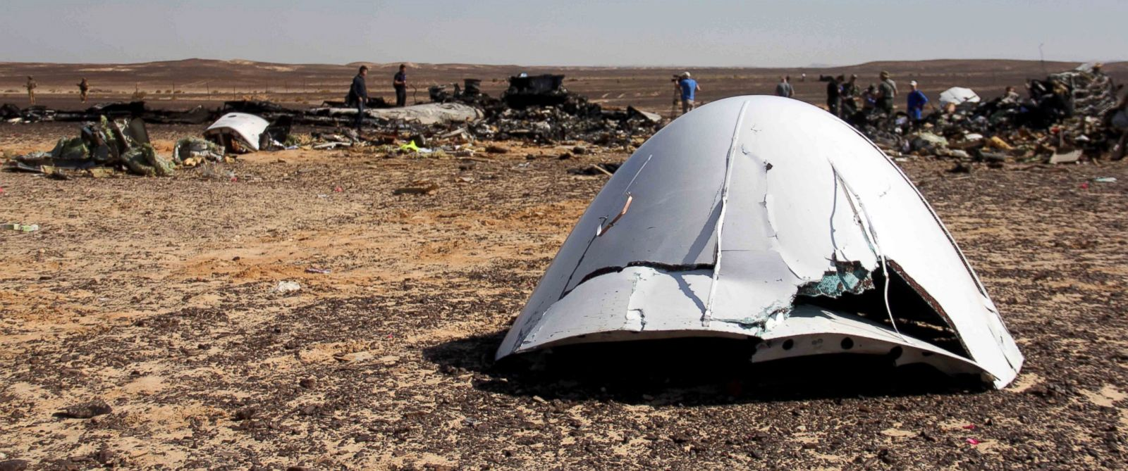 Russia, aereo cade: equipaggio e passeggeri salvi