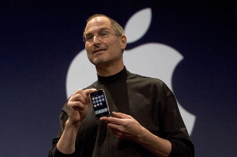 Apple iPhone: 10 anni fa la presentazione