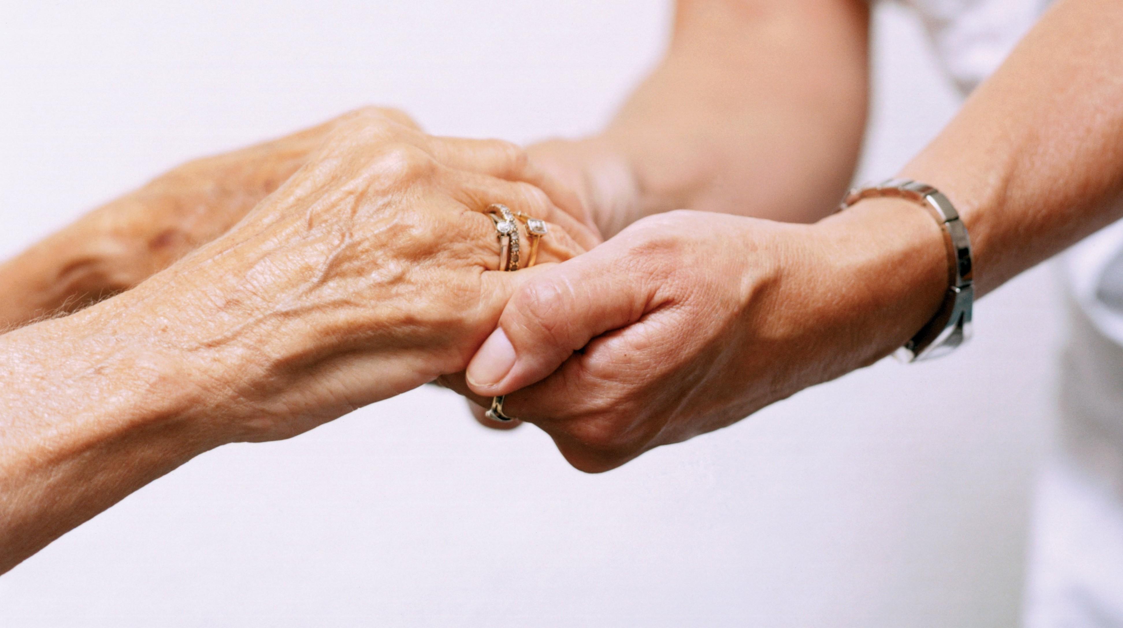 Comunità Papa Giovanni XXIII dà sollievo agli anziani