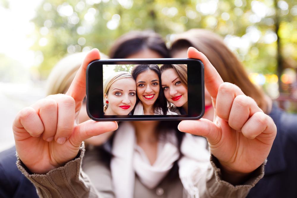 India, giovani ricoverati per dipendenza dai selfie
