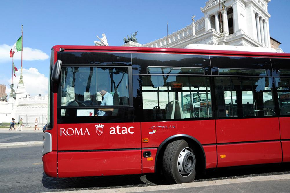 Roma, Atac aumenta i controlli su bus e metro