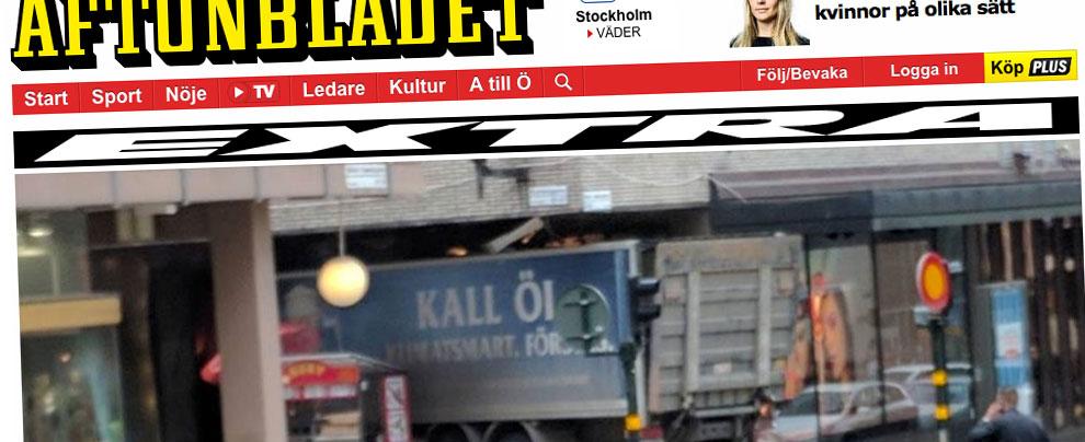 Stoccolma, camion travolge e uccide persone: l'ombra del terrorismo