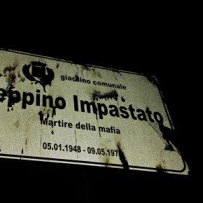 Peppino Impastato, targa vandalizzata a Legnano