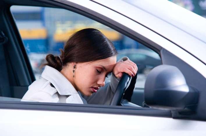Dormire poco fa male al cervello: cellule troppo operose