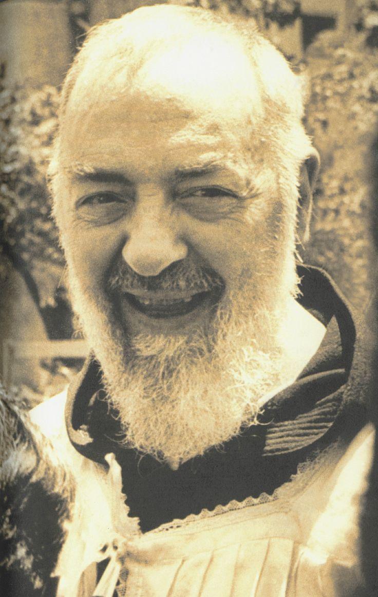 Padre Pio nasceva 130 anni fa: commemorazione a Pietralcina