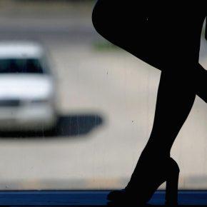 Roma, nigeriano insoddisfatto aggredisce prostituta