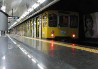 Napoli, paura sul treno della Linea 1 della metropolitana