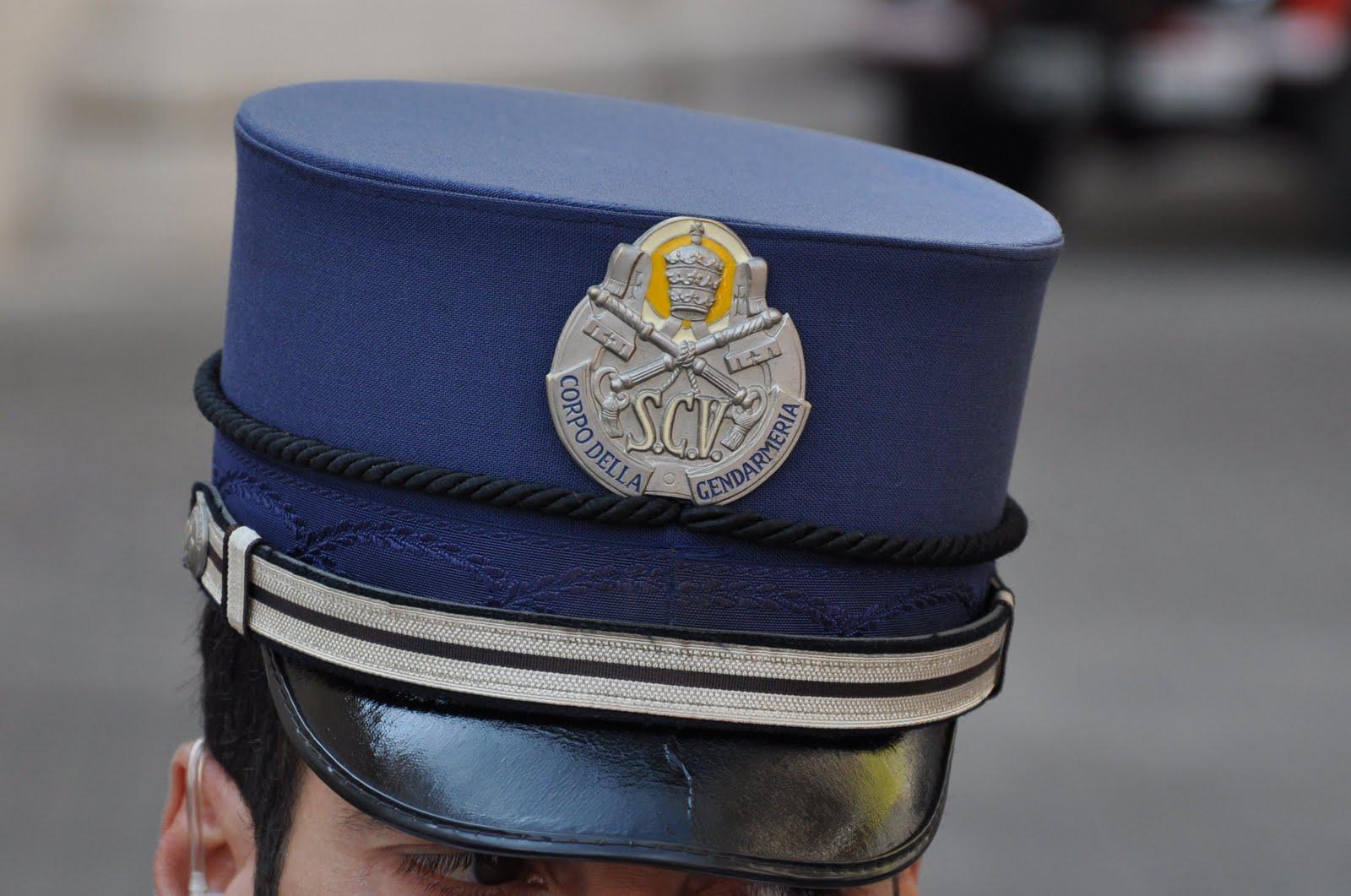 Gendarme del Vaticano denunciato dalla moglie per violenze