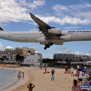 Spostamento d'aria aereo uccide turista alle Antille Olandesi