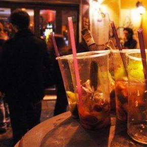 Roma, Raggi firma ordinanza anti alcol