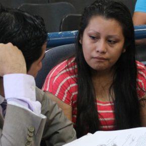 Evelyn condannata a 30 anni per aborto spontaneo: incinta dopo stupro