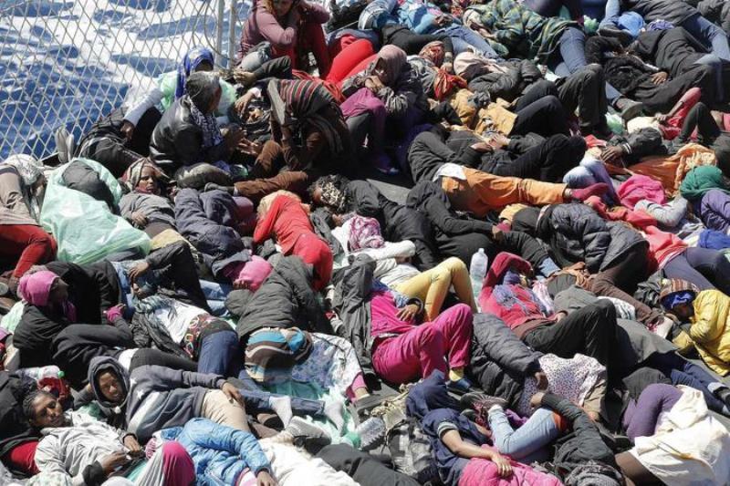 Porto di Civitavecchia hotspot per migranti, no del sindaco