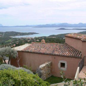 Rom occupano villa in Sardegna di Formigoni