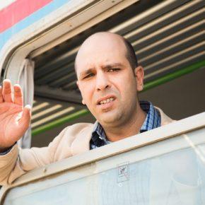 Puglia, dipendenti come Checco Zalone nel film