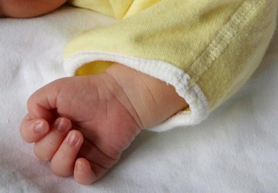 Vercelli, neonata ricoverata in gravi condizioni: padre confessa