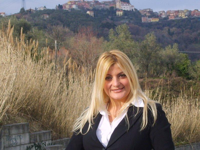 Slovenia nazione splendida per assenza arabi e migranti: post choc della consigliera Saccone