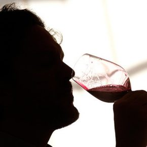 Bere alcol per potenziare la memoria