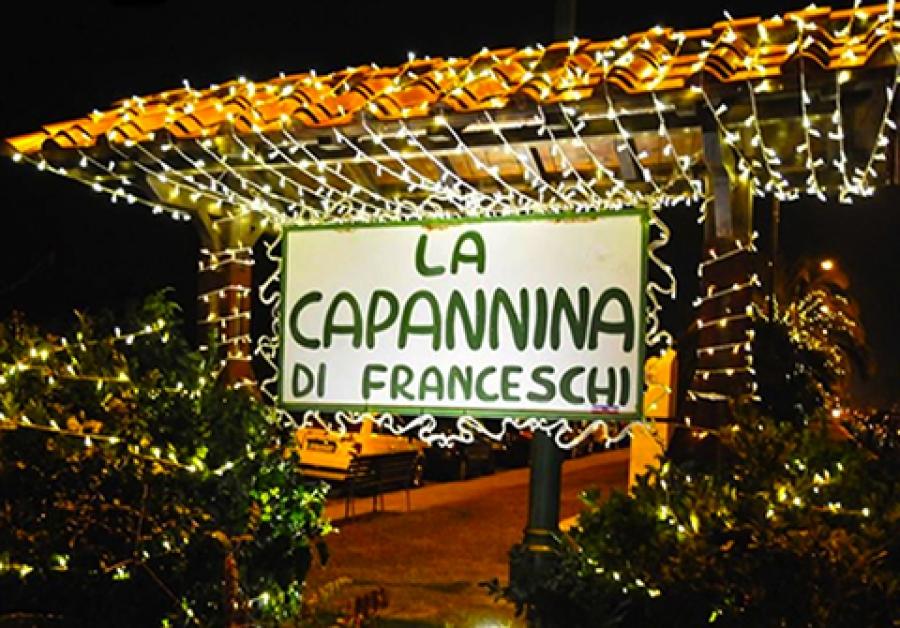 Spray al peperoncino in Capannina, storica discoteca di Forte dei Marmi