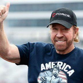 Chuck Norris vicino alla morte per due infarti