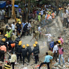 Crolla palazzo a Mumbai: 30 sotto le macerie