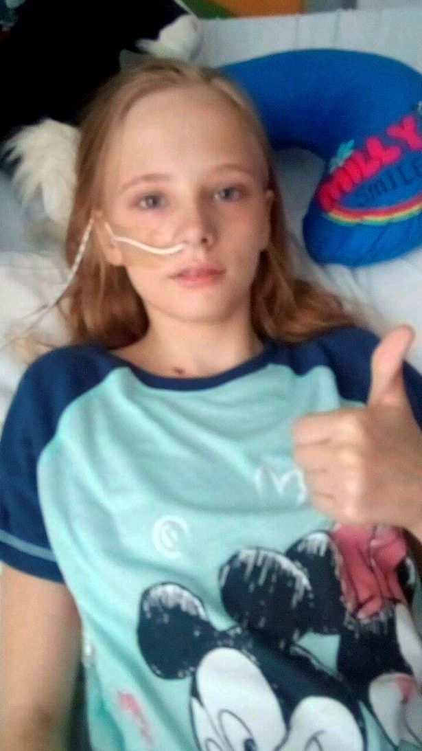 Cancro confuso per tonsillite: Ayisha spera di salvarsi