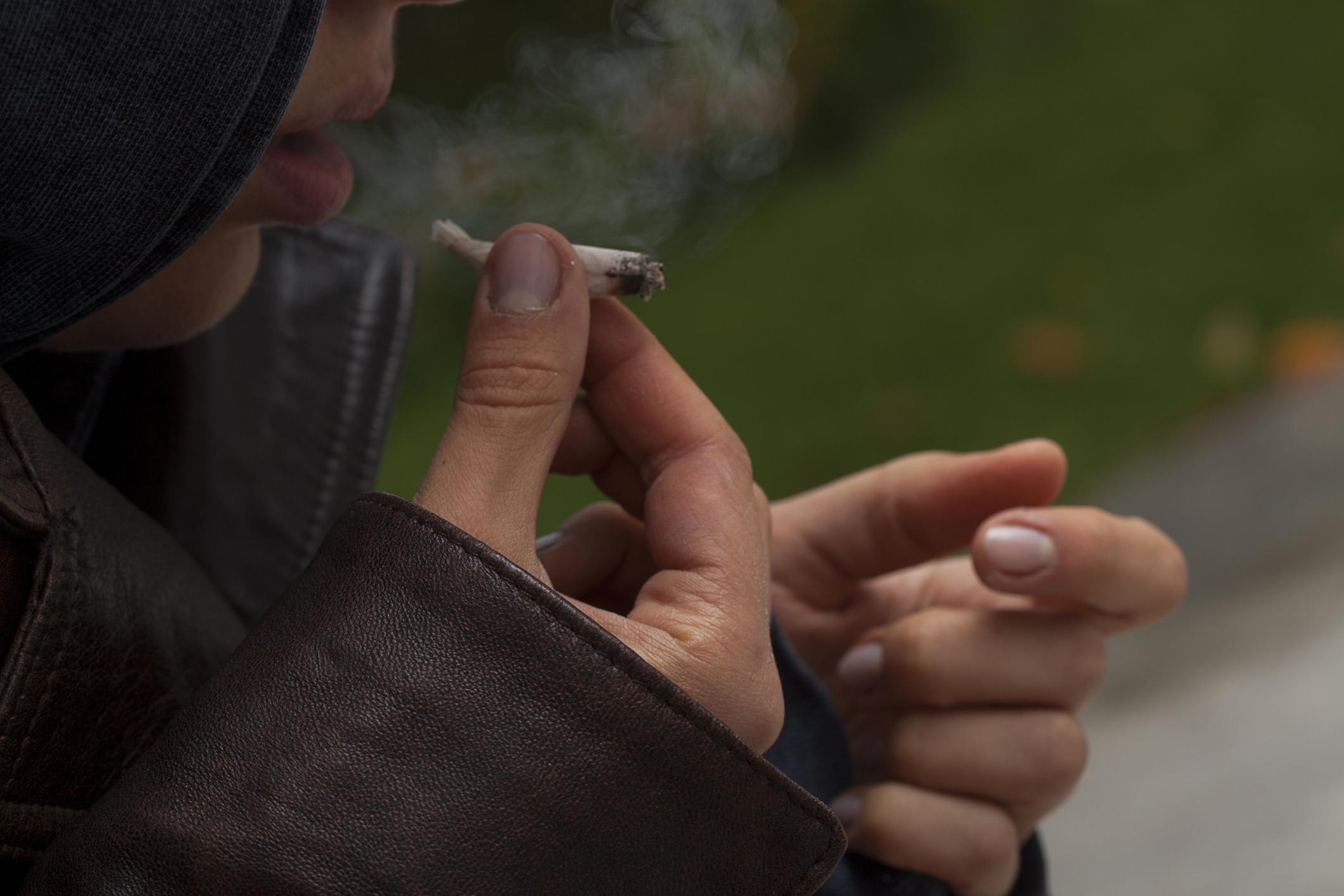 Cannabis e Spice droghe più consumate dagli studenti italiani