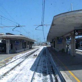 Padova, turisti cinesi salgono sul treno e dimenticano figli