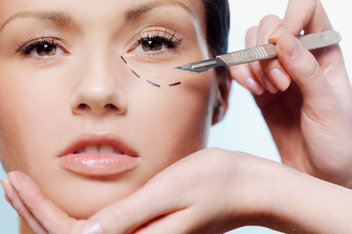 Chirurgia estetica: ecco perché bisogna fare attenzione a Instagram