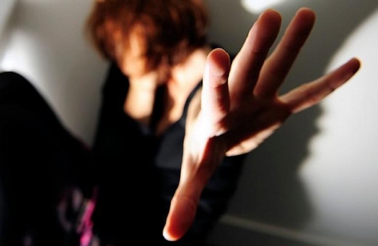 Femminicidio a Jesolo, 17enne stuprata da ragazzo conosciuto in discoteca