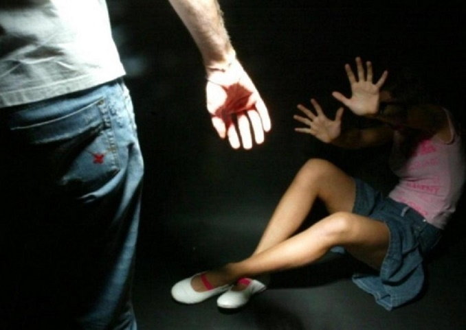 Stupro a Taviano nel bungalow