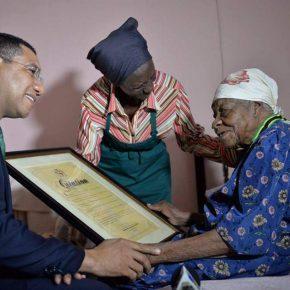 Morta la donna più vecchia del mondo: Violet aveva 117 anni