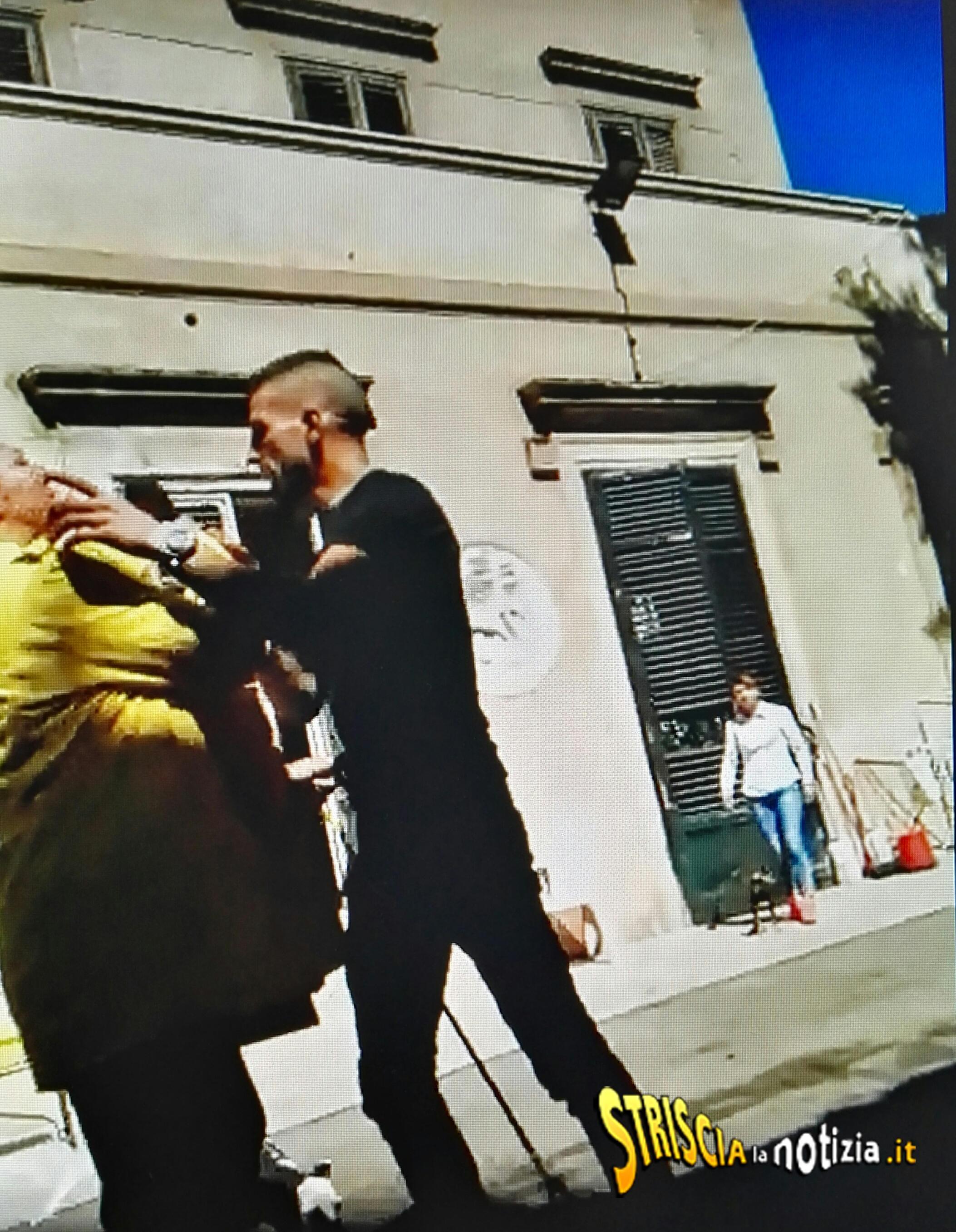 Striscia, Petyx aggredita a Palermo