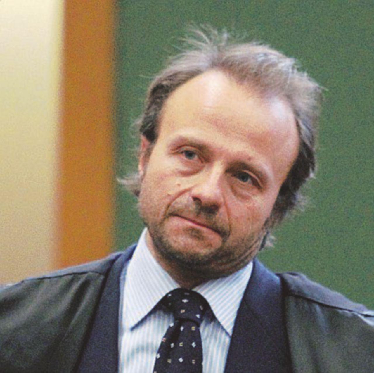 Consip, John Woodcock finisce nel registro degli indagati per falso in concorso