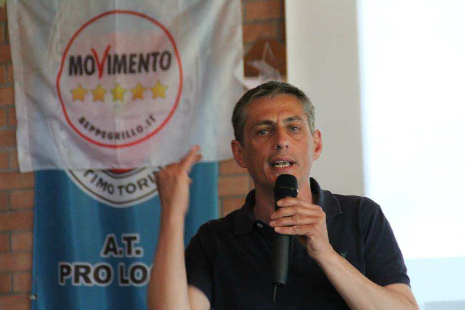 Torino, Senatore Airola Picchiato da Nordafricani: Mandibola Rotta