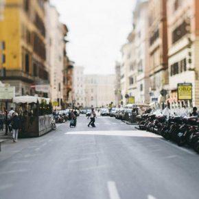 Roma, aggrediti da musulmano: si erano baciata dinanzi alla moschea