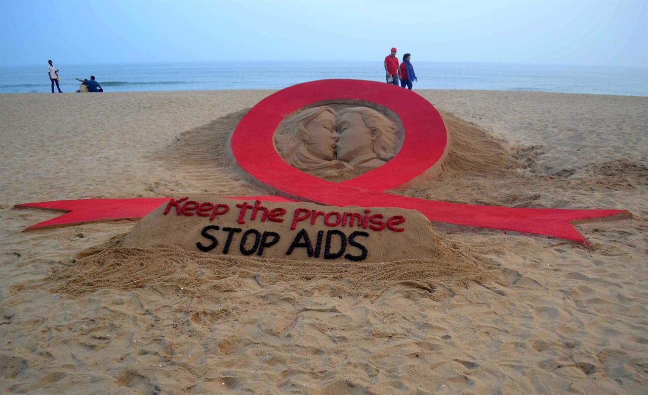 Aids, boom di casi a Milano: gay rischiano