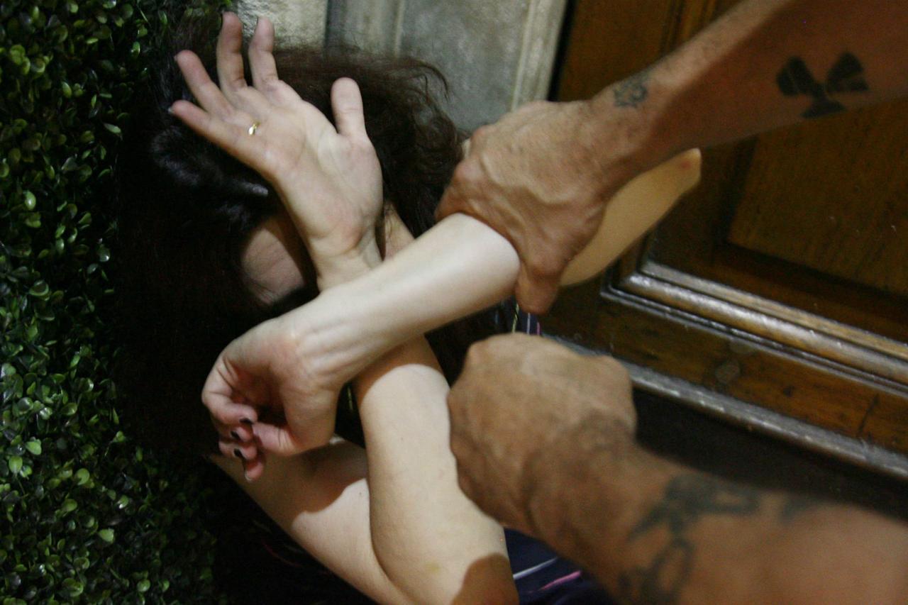 Rimini, studentessa Erasmus violentata da italiani