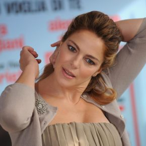 Zoe Brock accusa Claudia Gerini: 'Mi propose rapporto a tre'