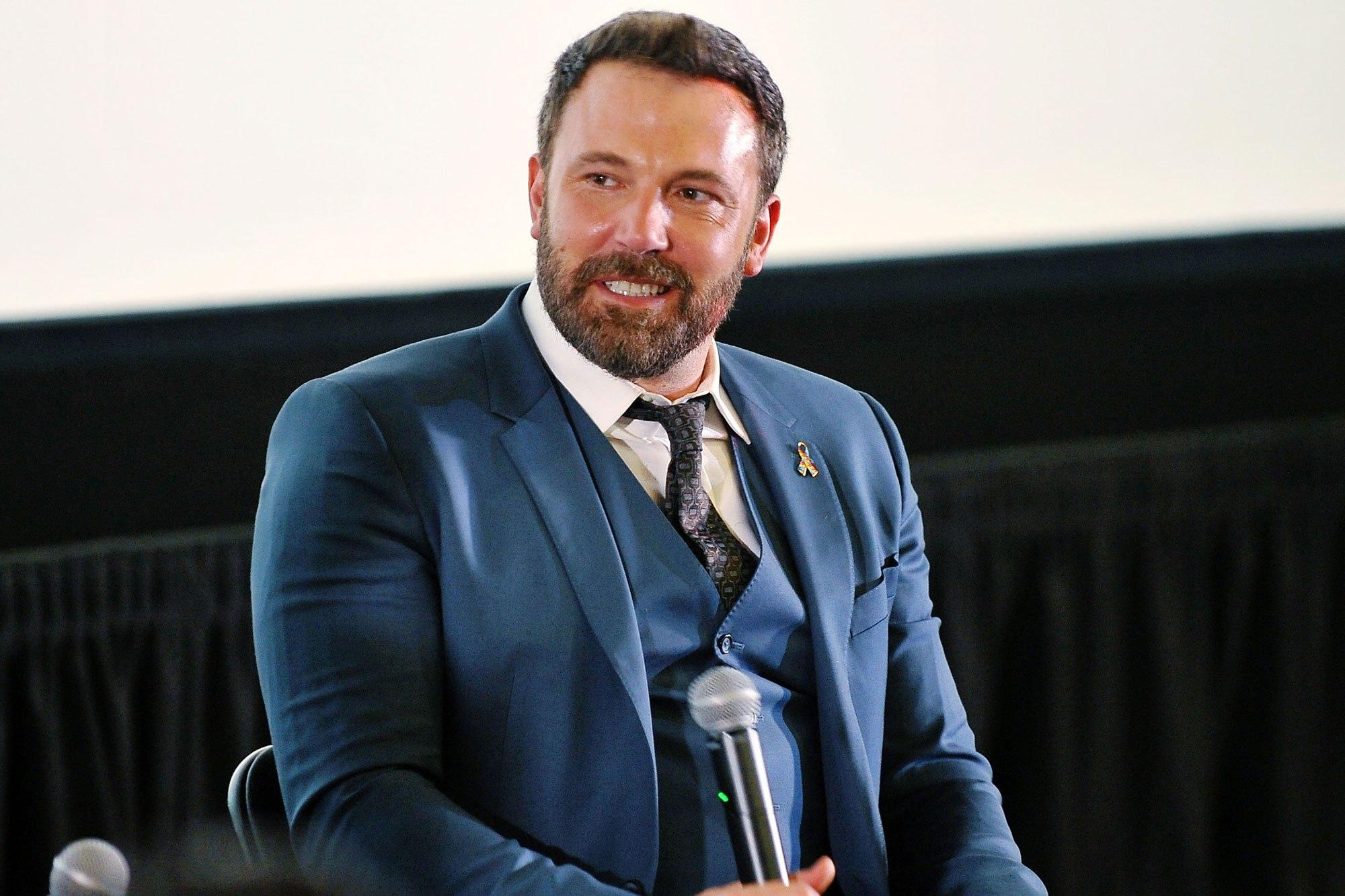 Ben Affleck critica Weinstein, utente Twitter lo accusa di molestie