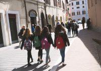 Studenti scuole medie dovranno essere accompagnati a casa dai genitori: la circolare ministeriale