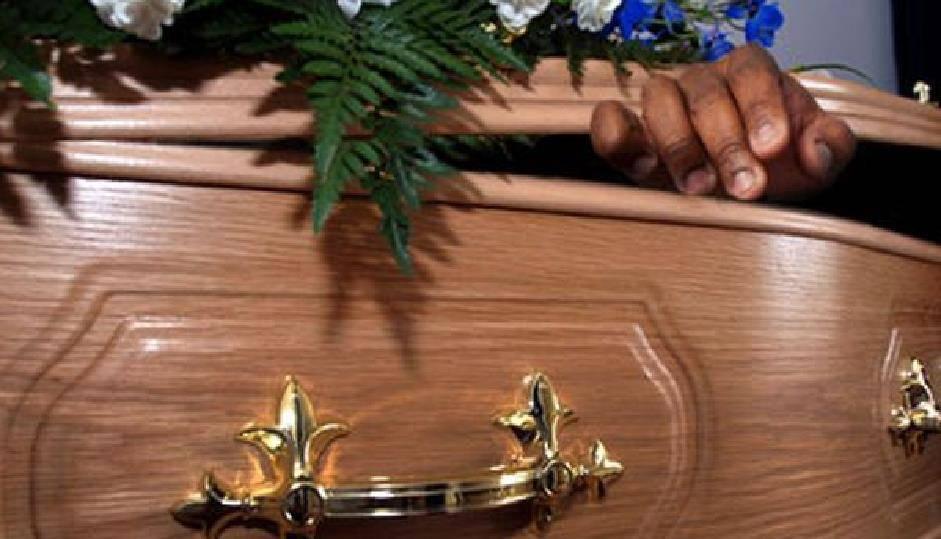 Perù: morto si risveglia nella bara