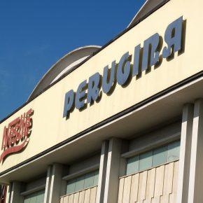 Perugina, licenziamenti in vista: la protesta dei lavoratori di Perugia