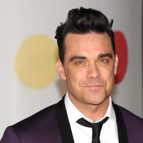 Robbie Williams in rianimazione per un male oscuro